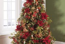 December Dreams Collection / The red and gold ornaments in the December Dreams Collection decorate your tree like a holiday masterpiece.  The complete set shimmers with a wealth of hand-applied embellishments.  Pair the ornaments with optional designer ribbon and picks for a coordinated holiday look