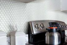 Backsplash Kitchen Tile Ideas / Backsplash Tile, Backsplash Design, Kitchen Wall Tile, Kitchen Remodeling, Mosaic Tile, Accent Tile, Subway Tile
