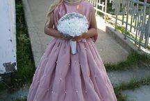 Flowergirl dress / Sømarbeider :)