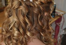 Bruidskapsels half opgestoken / Prachtige half opgestoken bruidskapsels door Bruid en Beauty Almere