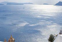 Traveling a la Grecque