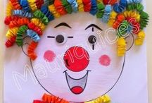 Clown craft idea / This page has a lot of free Clown craft idea for kids,parents and preschool teachers.