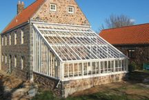 Greenhouse ideas / Building a lean-to greenhouse from wood and glass. Ideas stored here.