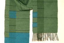 Huiveja / Erilaisia kangaspuilla kudottavia huiveja