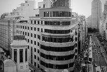 """Madrid in situ / Fotografías tomadas en diversas partes de la capital, capturando momentos singulares, rincones especiales, ilustres edificios, bellos parques y jardines y en definitiva, fotografías tomadas """"in situ"""" de esta viva y hermosa ciudad."""