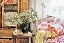 Decorating the home / by Su Ellen Compton