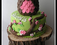 Let's Eat - Cakes / by Holly Acuff