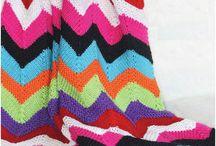 Пледы, одеяла вязаные спицами