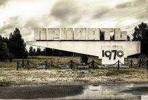 """""""Pripjat Stalker Tour"""" Fotoexpedition / Wir laden alle Lost Places Fotografen, Hobbyfotografen, Urbexer und Geschichtsinteressierte zu dieser 3 tägigen Fotoexpedition in die Sperrzone ein. Unsere Tschernobyl Tour wird eine einzigartige Gelegenheit, um mit uns auf eine fotografische Entdeckungsreise in die Ukraine zu gehen. http://urbexplorer.com/shop/fototour-tschernobyl-pripyat/"""