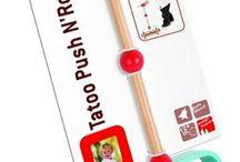 PRIMI PASSI - TROLLEY / Sono giochi versatile e resistente che rispondono alle molte esigenze dei bambini dai 12 mesi ed è usato per aiutarli a stare in posizione eretta - sia da fermi che in movimento - e muovere i loro primi passi. Può essere il passeggino per la bambola preferita,  oppure dei carrettini per aiutare i bambini negli spostamenti da una stanza all'altra… divertentissimi anche all'aperto!