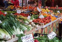 Markets in Venice / Markets in Venice: Rialto market and others.