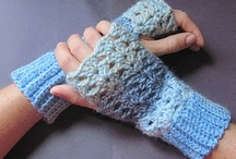 Crochet - Wrist warmers, gloves / by Laura Hubbell