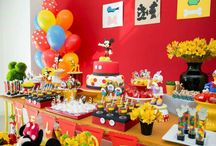Minnie & Mickey Party Ideas / by Victoria Salyers