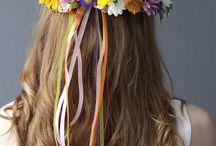 arranjo de flores para cabeça