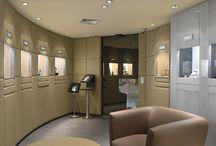 Valiño Joyería / Descubre la mejor selección de relojes de Barcelona. En la Boutique de Joyería Valiño situada en el centro de la ciudad encontrarás los relojes y joyas de las marcas más prestigiosas.