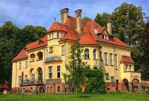 Sławutówko - Pałac Belów / Pałac Belów w Sławutkowie, kaszubskiej wsi, wybudowany w XIX wieku. Obecnie mieści się w nim hotel.