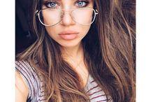 **XENIA TCHOUMITCHEVA** / Xenia Tchoumitcheva born august 05, 1987 in magnitogorsk, russia