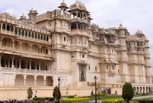 Hire a car for Udaipur