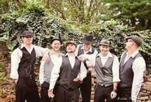 Groomsmen / Inspiration for fun photos with groomsmen