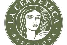 La Cerveteca / La Cerveteca es un espacio de encuentro cultural que gira alrededor de la cerveza y de todo lo relacionado con ella. Es un espacio para descubrir, aprender y reflexionar sobre las costumbres gastronómicas y cerveceras.