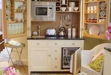 {Happy} Kitchen
