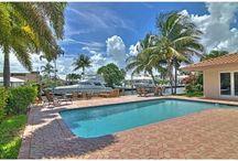 Coral Ridge Home   Fort Lauderdale Luxury Real Estate / Coral Ridge Country Club Waterfront Luxury Home  List Price $1,389,000.00 4 Bedrooms   3 Bathrooms   2,800 sq feet Waterfront with Ocean access  #fortlauderdaleluxuryrealestate