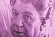 Alfred Hitchcock as Norman Bates' mother. 1960. #hitchcock #psycho  #normanbates #entravesti #transvestite #vintage