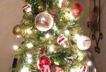 o christmas tree / by Kandi Sams