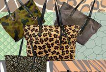 """Shopper bags / Fantastiche le nostre """"shopper"""",comodissime da portare e capienti al punto giusto, ti assicurano una giornata comoda e priva di stress... Perchè non abbinare comodità e look fashion? Et voilà..."""