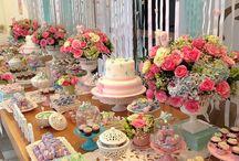 Vasos! / Que tal usar Vasos com Flores na sua festa? Vai deixar sua decoração muito mais bonita e alegre!