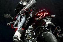 Motorky a holky
