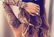 Tattoo feminina no braço
