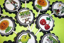 Plants vs Zombies / by Adriana Canavan