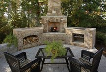 Pavers, Patios, and Outdoor Spaces / See the beauty and variety that clay brick can provide to outdoor patios, fireplaces, garden walls, driveways, and other landscape elements.