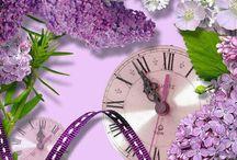 Tempo / Antigos, modernos, coloridos, românticos, diferentes... Apenas relógios marcando o tempo do mundo e de todos nós.
