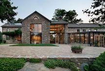 Modern come Antique House
