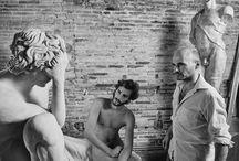 Sculptors at work / escultores trabajando / Taller de escultura