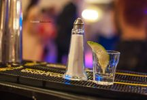Corporate Events / Barmani cu experienta si cu bar mobil, dotati cu toate instrumentele necesare, va oferim serviciile noastre complete pentru ca petrecerea dvs sa fie una deosebita ( nunti, botezuri, majorate, petreceri private si alte evenimente)