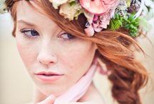 Wedding hair - fresh flowers