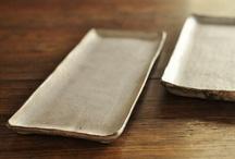 ///Ceramic dish, dinnerware, board