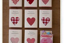 { HOLIDAY } Valentine's Day / Holiday board featuring Valentine crafts, DIY, and decorations. / by Sarah Guilliot