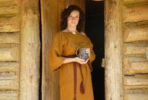 Amictus - Fashion to the 12th Century