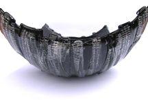 Czarne patery / Seria unikatowych pater w odcieniach czerni, tworzącej niepowtarzalne efekty w zestawieniu z przezroczystym szkłem.