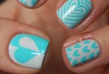 Nails / by Kandi Kuykendall