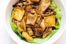Lunar New Year Recipes / Lunar New Year is celebrated over 15 days with loads of eating festivities. Here are some traditional recipes using tofu!   / by Hodo Soy