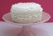Simple White Cakes / All white cakes, that are anything but plain