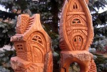 Carving cottonwood houses