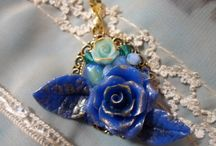 Mes bijoux en vente / Voici les bijoux que j'ai crée. N'hésitez pas à venir voir sur l'une de mes deux boutique en ligne :  http://bijoux-et-creations.alittlemarket.com  Ou sur :  http://bijouxetcreations.fait-maison.com/