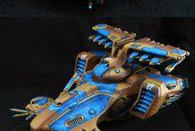 Warhammer Eldar figures and color schemes
