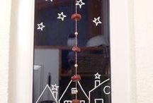 Weihnachtsdekoration für die Fenster
